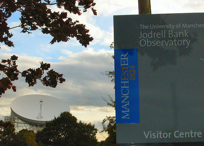 Jodrell-Bank entrance