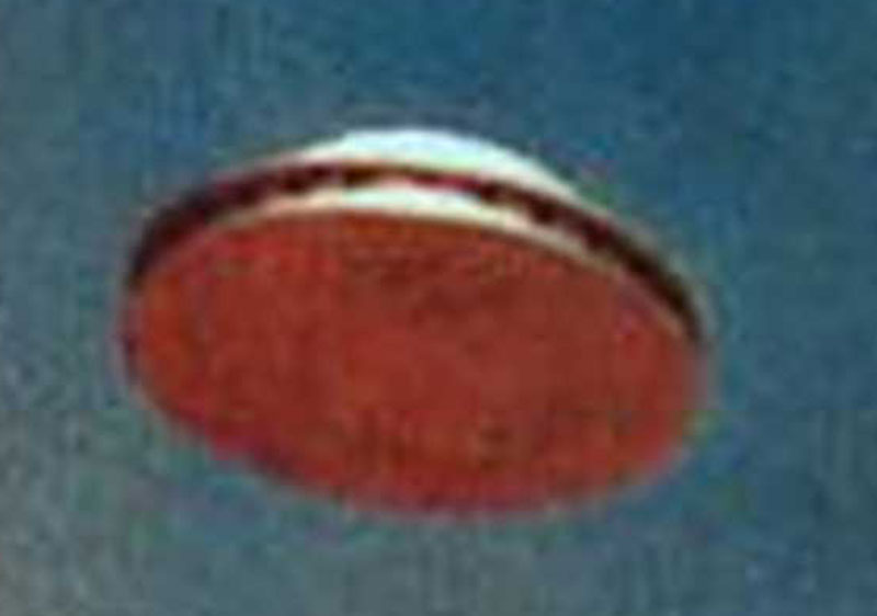 underside-view-of-ufo